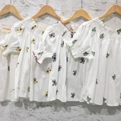 [SNAPSTYLE] OFFSHOULDER SUMMER TOP SGD 35.