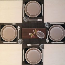 [Chilewich] For your favorite placemats, floor mats, totes & zips Visit us this week!