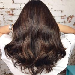 [Salon Vim] Get a classic brown hair with salonvim using ammonia-free colours to achieve this beautiful softness and shine!