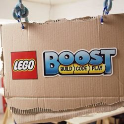 [LEGO] Bring your creations to life with the new LEGO BOOST!