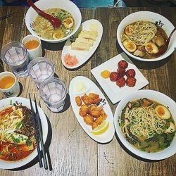 [Uma Uma] It's finally the eve of a public holiday and what's stopping you from feasting?