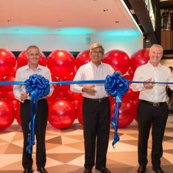 [Singapore Post] Minister for Communications and Information, Dr Yaacob Ibrahim, together with SingPost's key executives and our esteemed guests at the