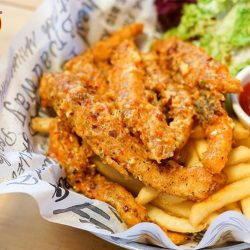 [The Manhattan FISH MARKET Singapore] Pamper yourself with a skillet of crispy and savory Salmon Belly 'n Chips (with chili crab sauce) that is rich