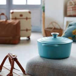 [Le Creuset] Pack your bags and sail the French Riviera with us!