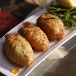 [Serenity Spanish Restaurant] Introducing one of our popular Tapas dish - Bunuelos de Bacalao!