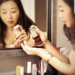 [Clarins] Your skincare routine is never complete without DoubleSerum.