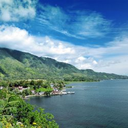 [Singapore Airlines] Lake Toba has so much more to offer than a stunning view.