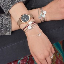 [Thomas Sabo] Symbolize love & friendship by stacking our favourite little secrets bracelets.