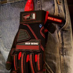 [Leeden Classic] Red Wing has the right glove to fit the job.