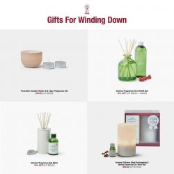 [MUJI Singapore] Gift the gift of sweet, uplifting scents for relaxing baths or enhanced living spaces.