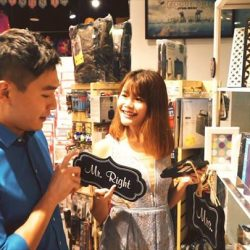[Mazzario] Follow influencers Cindy Tan, Melissa Jane, Maybeline Sim & James Aw as they scour the mall for the perfect Christmas gifts