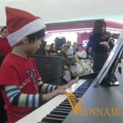 [Vienna Music School / Vienna Piano Company] Student: Zander Hing Performing Song: First Noel Place: Vienna Music Academy Event: Mega Christmas Concert