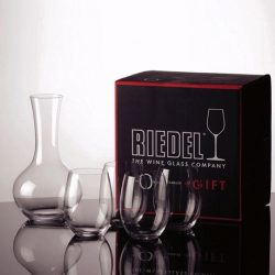 [Riedel] The Riedel O Gift Set contains 4 Cabernet/ Merlot stemless wine tumblers and a decanter.