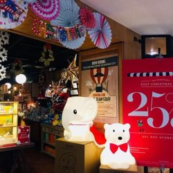 [MONOYONO] Our Anana(Elephant)and Nanuk (Polar Bear) lamps are readdddy to welcome 2018 at our Flag ship store at Plaza