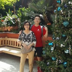 [Fitness First] THE JOY OF GIVING: Bringing smiles from elderly to elderly as 40 Fitness First staff volunteers spread some festive cheer