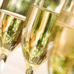 [Marché Mövenpick Singapore] To kickstart the year with sparkles and colours, Marché Mövenpick bar & bistro will be offering special champagne promotion*!