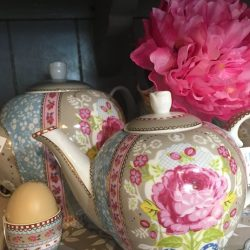 [Shabby Chic] Our cheerful pipstudio porcelains are what you need this NEW YEAR!