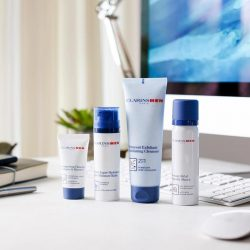 [Clarins] Meet the perfect kit for an ideal shave!